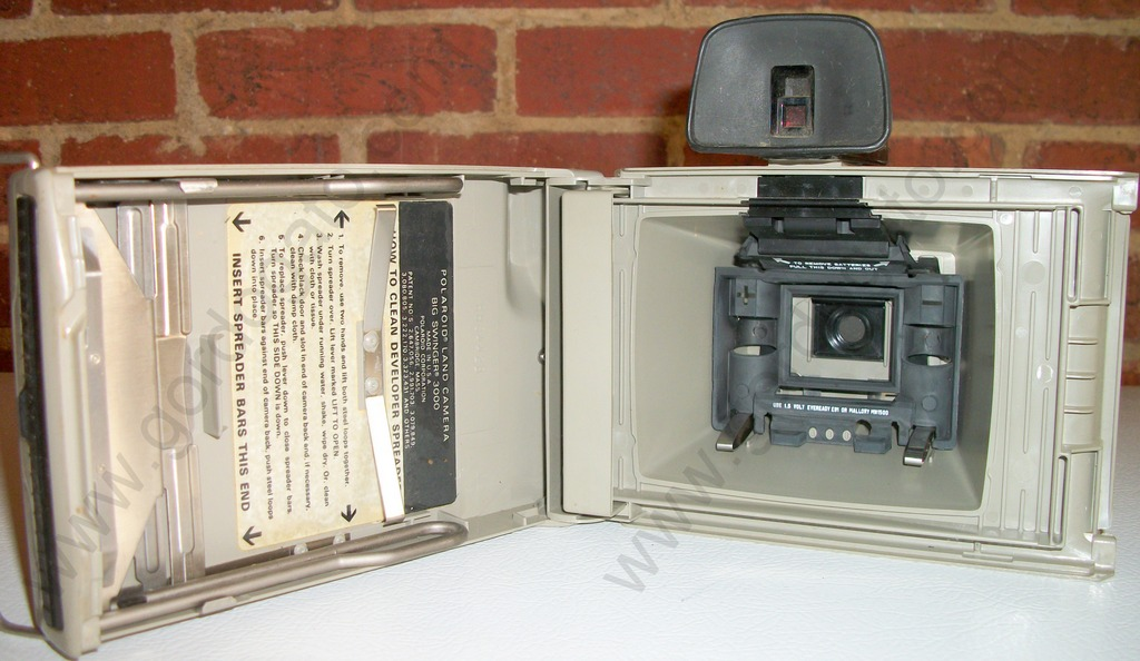 Polaroid Big Swinger 3000 Land Instant Camera  Big Swinger . This is an old  still film camera which would probably be best used for parts to repair  your ... 8cdfa53dd7